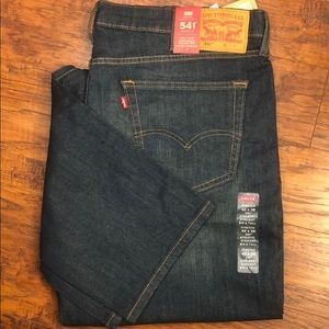 Men's Levi's 541 NWT 42x38 stretch jeans